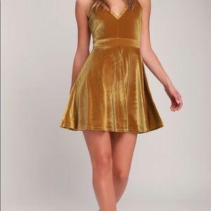 Lulu's Gold Velvet Skater Dress size XL 14
